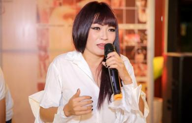 Phương Thanh bất ngờ phát ngôn gây sốc: 'Xin Tổ xuống tay chấn chỉnh lại danh từ nghệ sĩ'